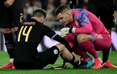 Đắng lòng Man City Aymeric Laporte rời sân trong nước mắt hình ảnh