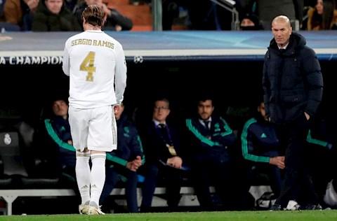 Real Madrid 1-2 Man City Nhà vua tự gây nghiệt! hình ảnh