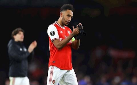Campbell lo ngại Aubameyang sẽ nối gót Ramsey rời Arsenal hình ảnh