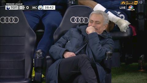Tottenham 2-0 Man City Mourinho trở mặt nhanh như lật bánh tráng hình ảnh