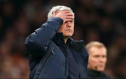 Mourinho than thở khi chơi cờ không vua, không hậu ở Tottenham hình ảnh 2