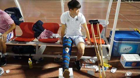 HLV Chu Đình Nghiêm Duy Mạnh chấn thương nặng hình ảnh