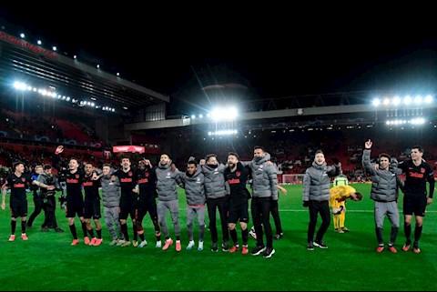 Atletico thang Liverpool vao tu ket