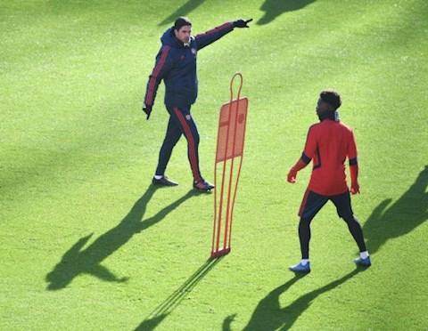 Arsenal gia hạn hợp đồng với Bukayo Saka hình ảnh