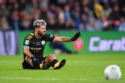 Sergio Aguero dính chấn thương sau trận thắng Aston Villa hình ảnh