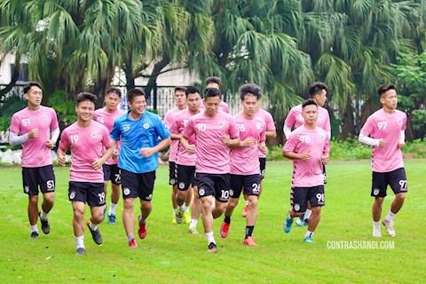 Hùng Dũng tiết lộ khó khăn của Hà Nội FC sau quãng nghỉ dịch hình ảnh