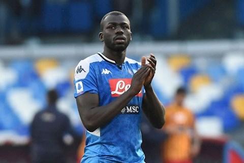 Trung vệ Kalidou Koulibaly báo tin vui cho MU hình ảnh