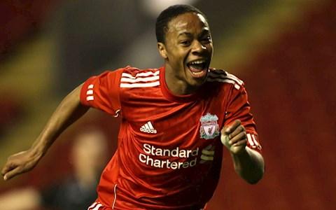 Raheem Sterling bóng gió rời Man City quay lại Liverpool hình ảnh