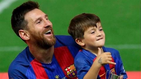 Con trai Messi gây sốt MXH sau cú đúp ở đội nhi đồng Barca hình ảnh