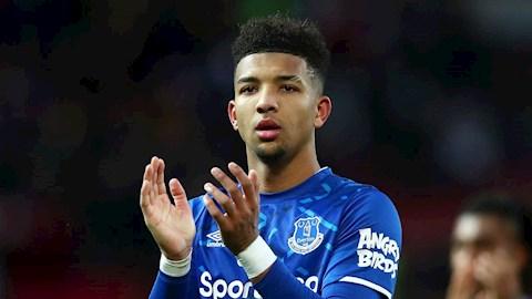 Holgate ky hop dong moi voi Everton