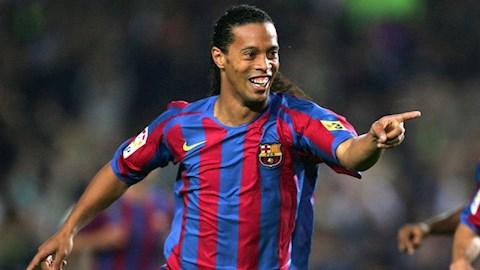 Cựu danh thủ Ronaldinho bị bắt vì dùng hộ chiếu giả hình ảnh