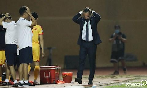 Cựu HLV Roma tại vị 3 vòng và câu chuyện sính nội của V-League hình ảnh