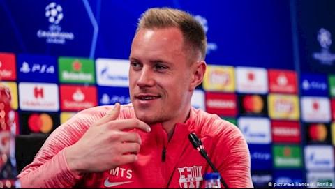 Barcelona ký hợp đồng mới 5 năm với Ter Stegen hình ảnh