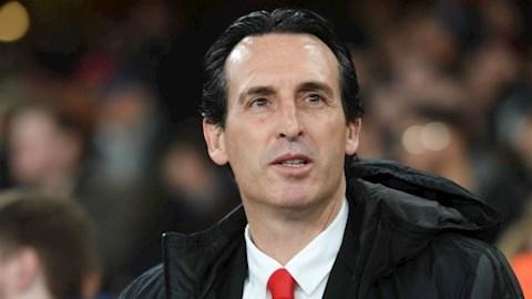 Emery co the dan dat AC Milan o mua giai toi