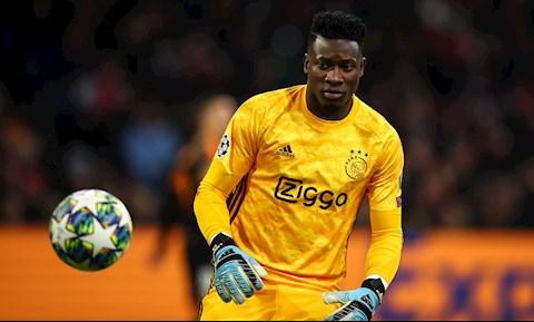 PSG gia nhập cuộc đua giành thủ môn Andre Onana của Ajax hình ảnh