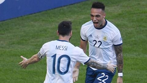 Messi tiếp tục mở lời tâng bốc Lautaro Martinez hình ảnh
