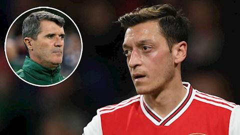 Roy Keane bảo vệ Ozil, kêu gọi không giảm lương cầu thủ hình ảnh