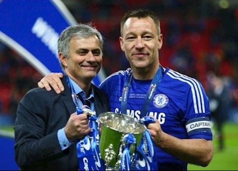 Trung vệ John Terry không thể giữ Mourinho ở lại Chelsea hình ảnh