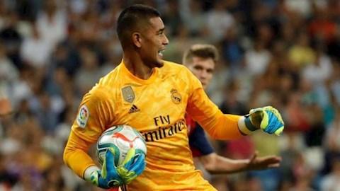 Real Madrid từ chối mua đứt thủ môn Alphonse Areola hình ảnh