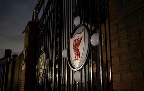 John Barnes nhắc Liverpool sau bê bối  Tham thì thâm! hình ảnh