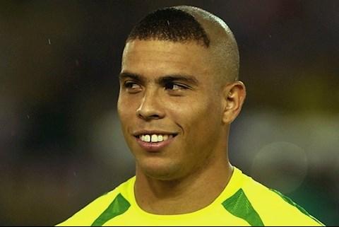 Nhờ bố cắt kiểu đầu Ronaldo và cái kết hình ảnh