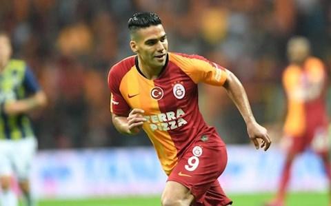 Tiền đạo Radamel Falcao sắp chuyển tới châu Á thi đấu hình ảnh