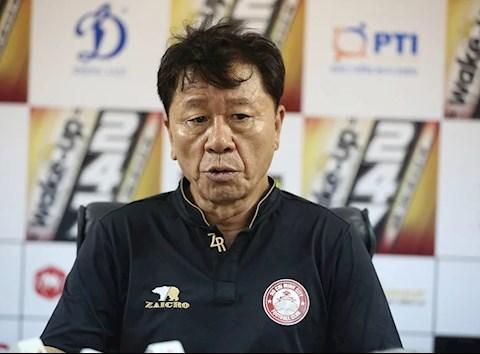 Mất chiến thắng phút cuối, HLV Chung Hae Soung nói gì hình ảnh