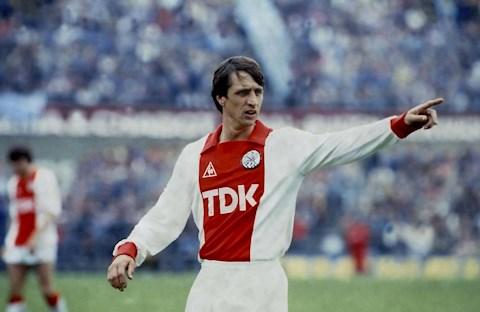 Tròn 36 năm thánh Johan Cruyff khép lại 20 năm sự nghiệp cầu thủ hình ảnh