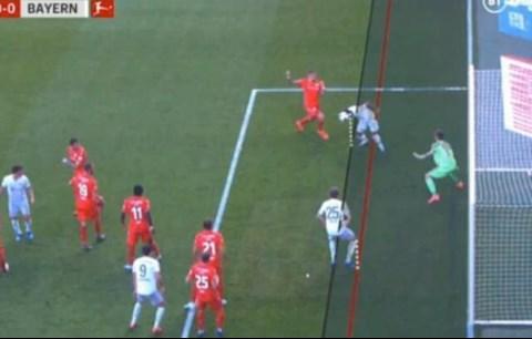 Tiền đạo Muller của Bayern Munich cướp bàn thắng của đồng đội hình ảnh