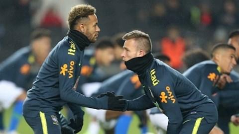 Muốn mua lại tiền đạo Neymar, Barca phải giữ Arthur hình ảnh