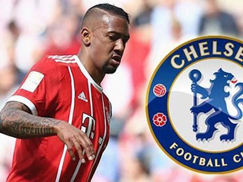 Chelsea muốn mua trung vệ Jerome Boateng của Bayern Munich hình ảnh