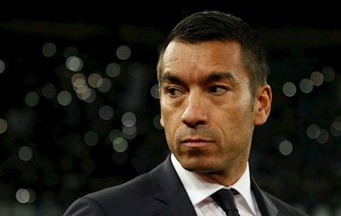 Giovanni van Bronckhorst đặt mục tiêu trở lại Premier League hình ảnh