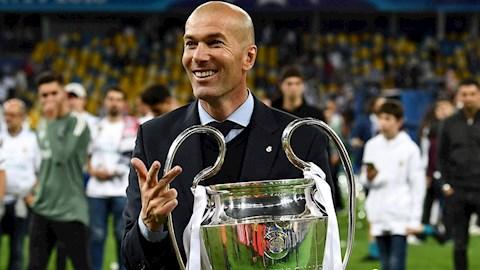 Ngày 265 Zidane cùng Real Madrid vô địch 3 lần liên tiếp Cúp C1 hình ảnh
