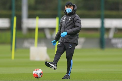 Pep Guardiola vui mừng khi được trở lại tập luyện cùng Man City hình ảnh