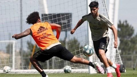 Vừa trở lại, tiền vệ Marco Asensio đã gửi lời thách thức Barca hình ảnh