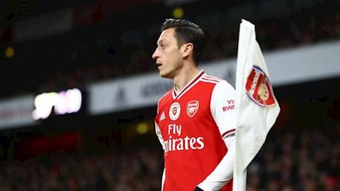 Fenerbahce chi 17 triệu bảng mua tiền vệ Mesut Ozil hình ảnh