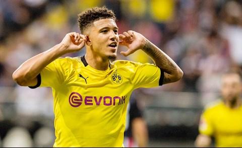Sancho noi ve cuoc song o Dortmund