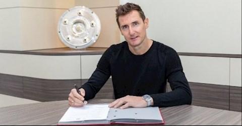 Bayern Munich CHÍNH THỨC đón tiền đạo Miroslav Klose trở lại hình ảnh