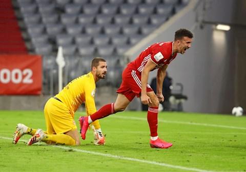 Bàn thắng kết quả Bayern Munich vs Frankfurt 2-1 Cúp QG hình ảnh