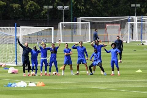 Chelsea phản ứng thế nào khi tiền vệ Kante trở lại tập luyện hình ảnh