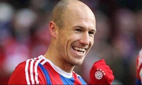Bayern mời tiền vệ Arjen Robben trở lại, và đây là câu trả lời hình ảnh