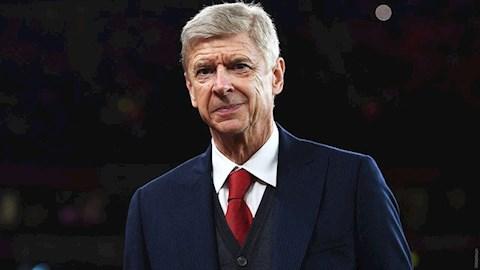 Arsene Wenger len tieng ve kha nang tro lai Arsenal