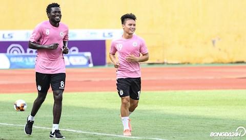 Moses Quang Hai Ha Noi FC