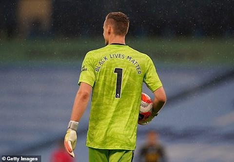 Thu mon Bernd Leno da choi cuc hay o nua sau cua hiep 1 voi khong duoi 3 tinh huong cuu thua cho Arsenal
