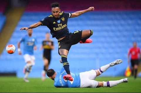 Man City vs Arsenal Aubameyang