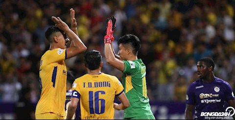 ẢNH Cái tên giúp thầy Park vơi nỗi lo vị trí thủ môn ở ĐT Việt Nam hình ảnh 2
