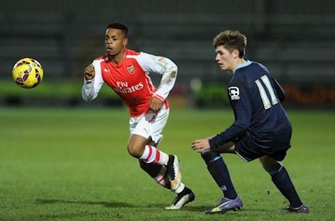 Cựu sao Arsenal, Tyrell Robinson hầu tòa vì xâm hại bé 14 tuổi hình ảnh