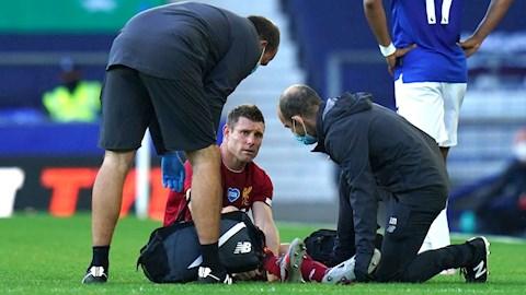 Cặp sao Liverpool bị chấn thương bắn hạ, HLV Klopp lo sốt vó hình ảnh