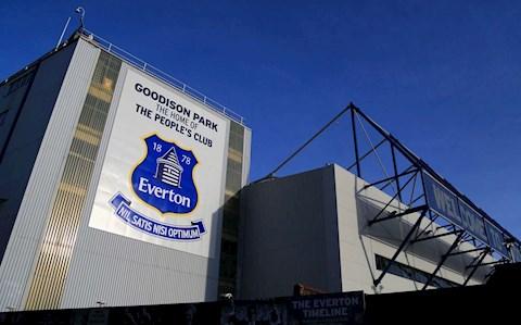 Liverpool thay đồ ở một nơi khác thường tại derby Merseyside hình ảnh
