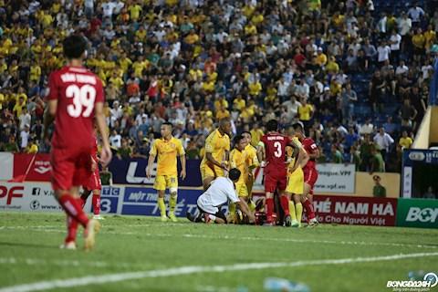 Cầu thủ Nam Định bức xúc khi Hải Phòng ghi bàn thắng hình ảnh